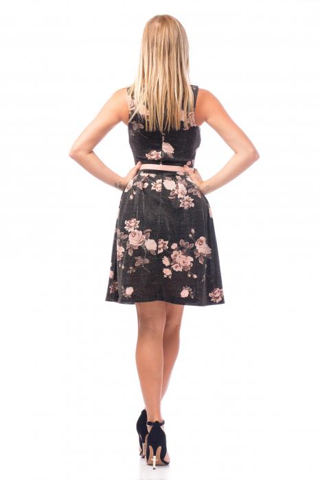Rochie elegantă cu elemente florale și curea 3