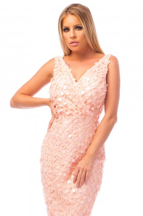 Rochie elegantă roz cu decolteu în V 1