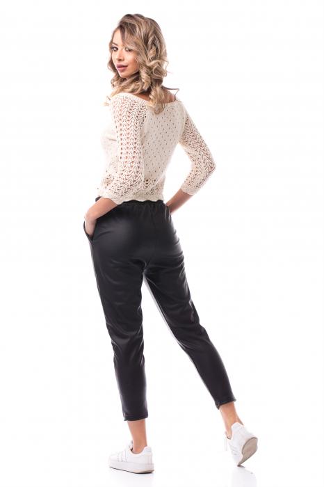 Pantaloni casual imitație piele 3