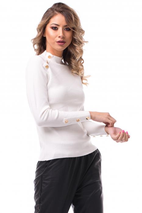 Bluză cu guler înalt și nasturi aplicați 0