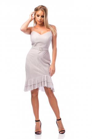 Rochie elegantă cu bretele subțiri și volane aplicate0