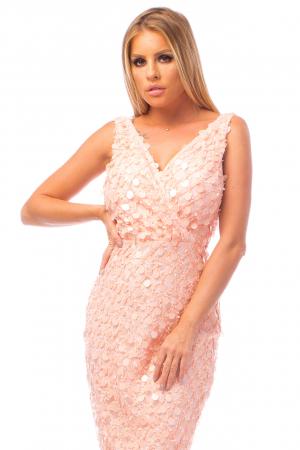 Rochie elegantă roz cu decolteu în V1