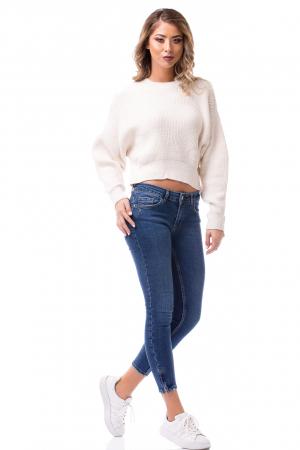 Pulover tricotat alb scurt1