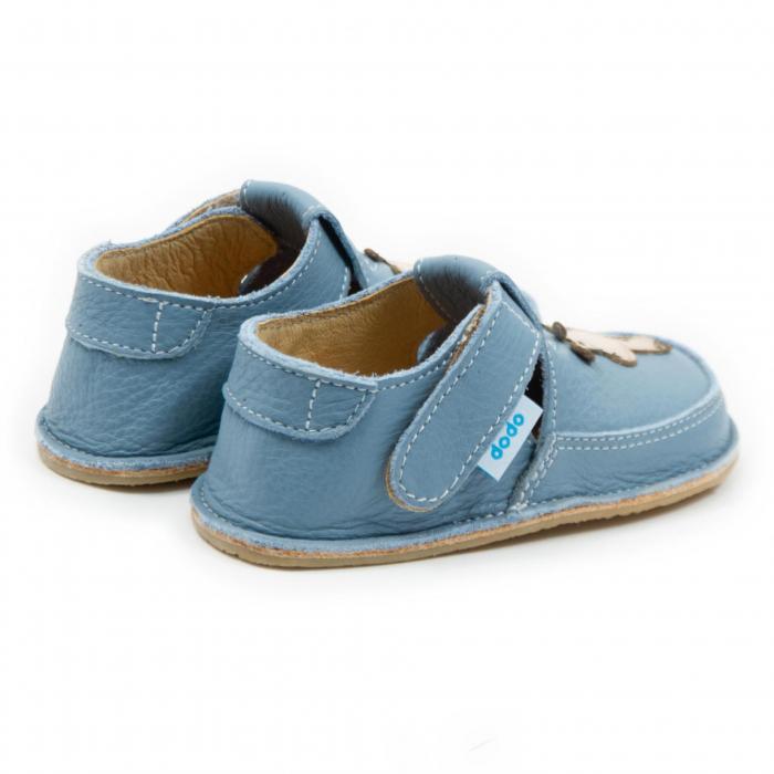 Pantofi baby blue cu girafa, Dodo Shoes 2