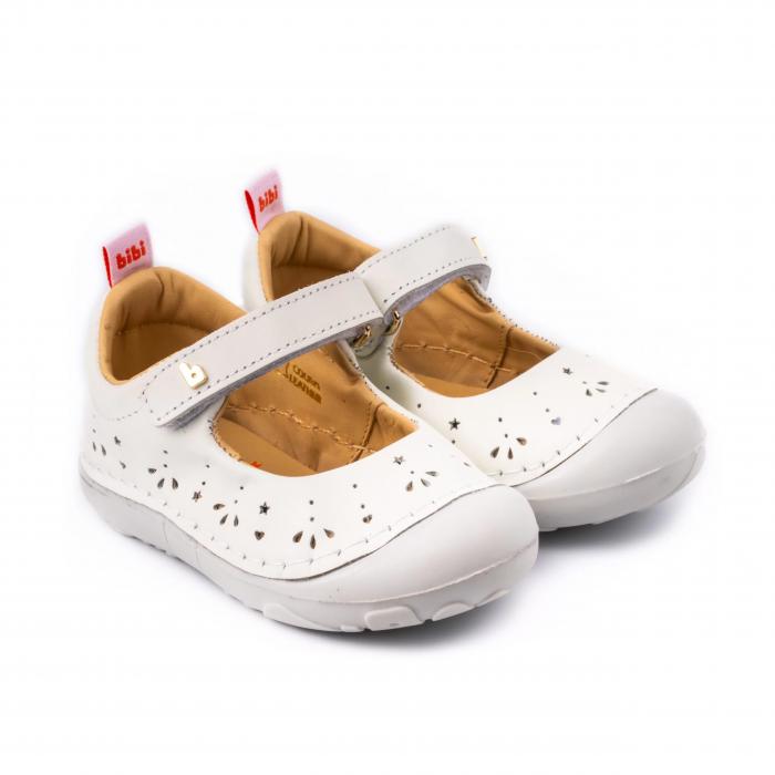 https://gomagcdn.ro/domains/tintin/files/product/original/pantofi-bibi-grow-albi-166-5302.png [0]