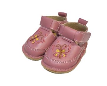 Pantofi roz cu fluture, Macco 1