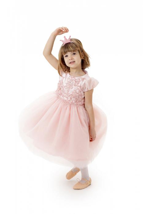 Rochie roz de printesa, ampla, cu fusta din tulle, TinTin Shop [1]