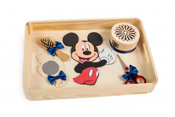 Tavă pentru moț, Mickey Mouse 0