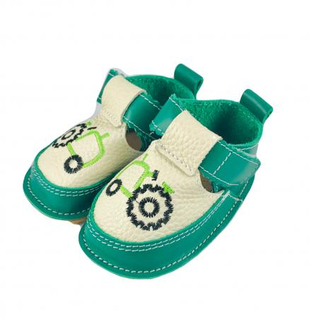 Sandale gri cu calcai verde si tractor, Macco1
