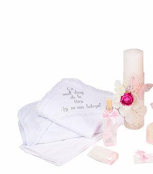 Set botez Joy basic, compus din rochie, pelerina, trusou și lumânare TinTin Shop2