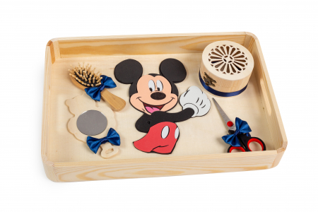 Tavă pentru moț, Mickey Mouse