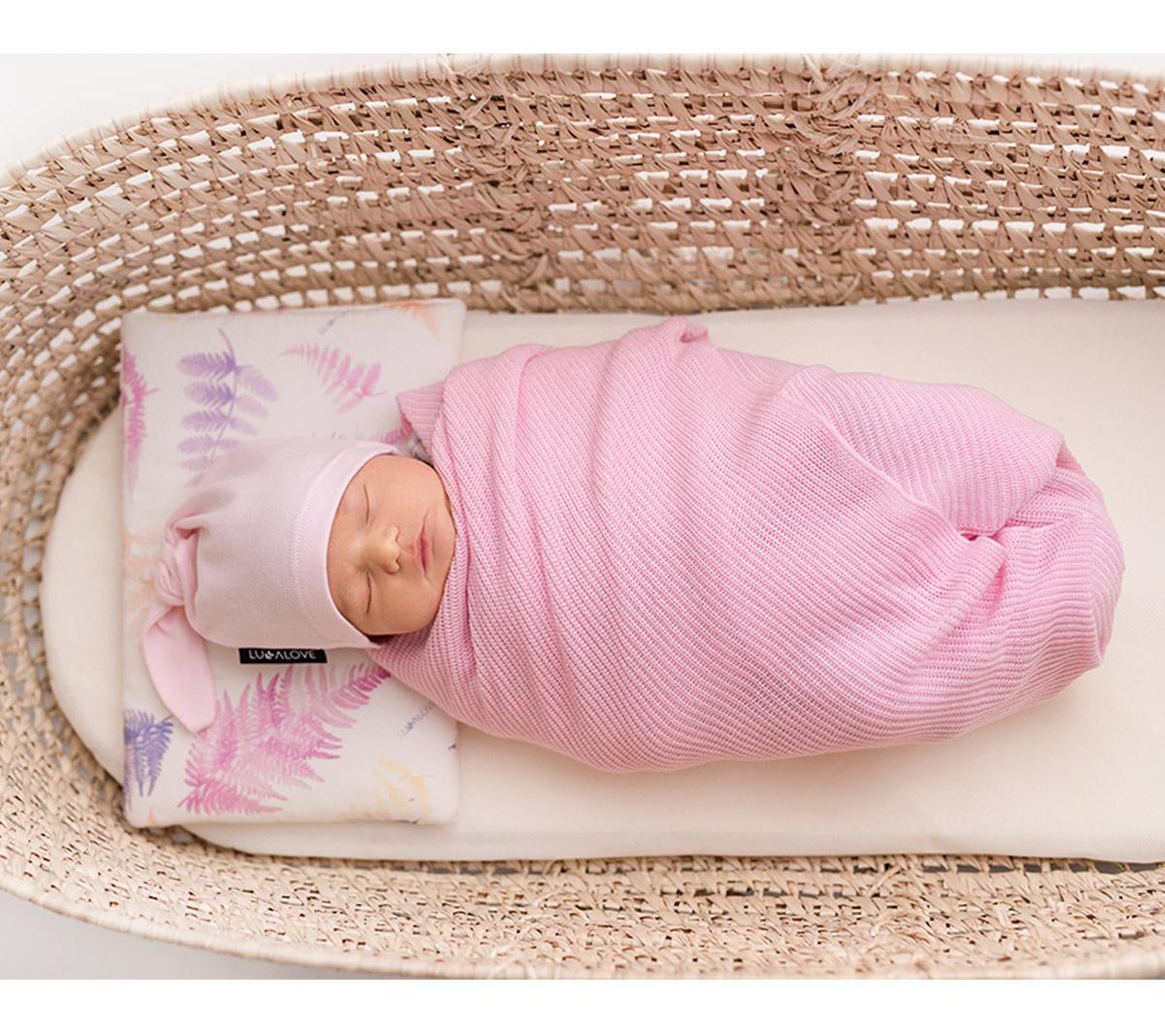 De ce poate ajuta infasatul bebelusilor?