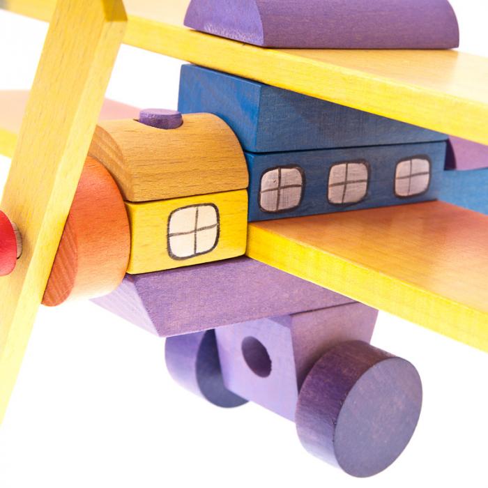 Avion din blocuri de lemn colorate 1