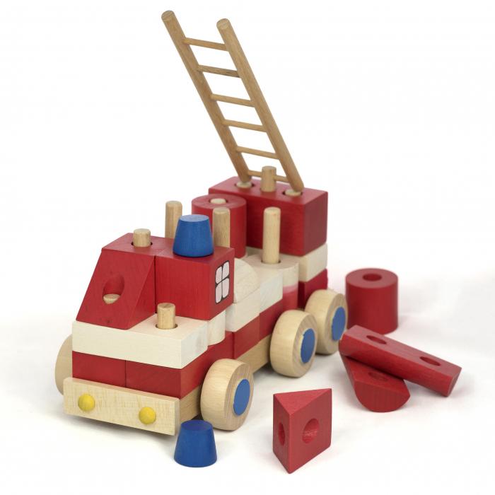 Masinuta de pompieri din piese 2