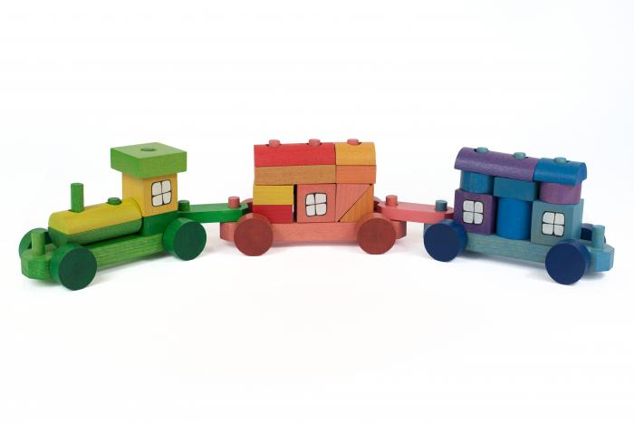 Trenulet colorat din cuburi 2