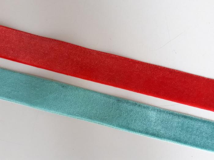 Banda tesuta din catifea, 25mm 0
