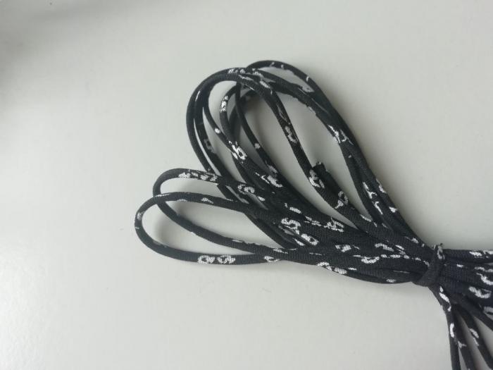 Banda tip spaghetti negru cu floricele 0