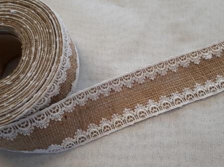 Banda decorativa din iuta cu dantela cusuta pe margini la interior, 60 mm [0]