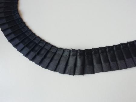 Banda pliata neagra [2]