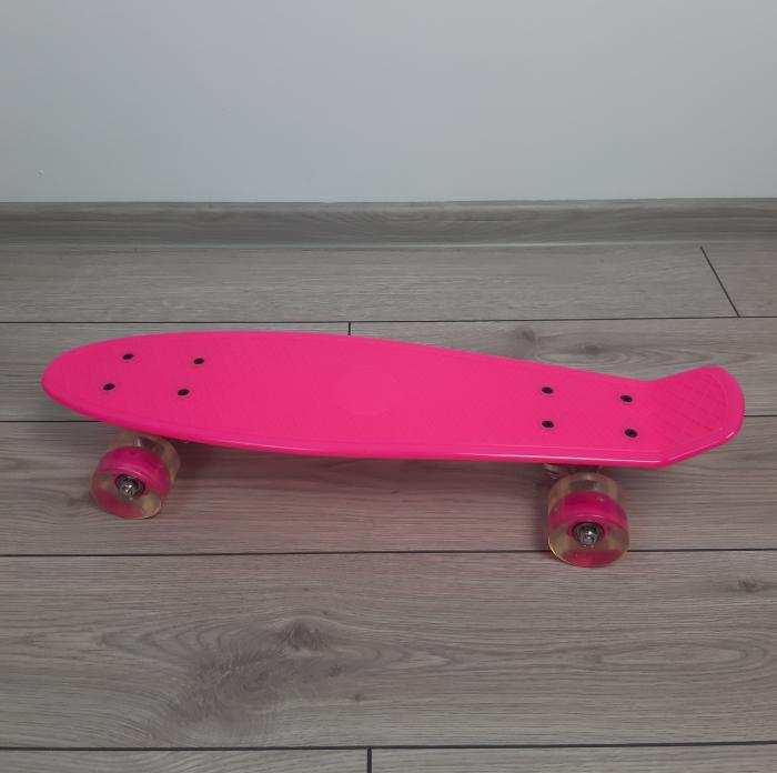 Penny Board cu roti luminoase LED, 55 cm, Roz, Toyska [1]