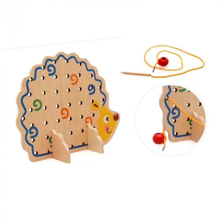 Arici din lemn cu fructe de snuruit, Toyska [1]