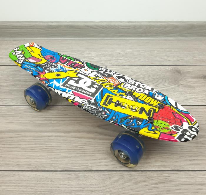 Penny Board Graffiti cu roti luminoase LED, 42 cm, Albastru, Toyska [0]