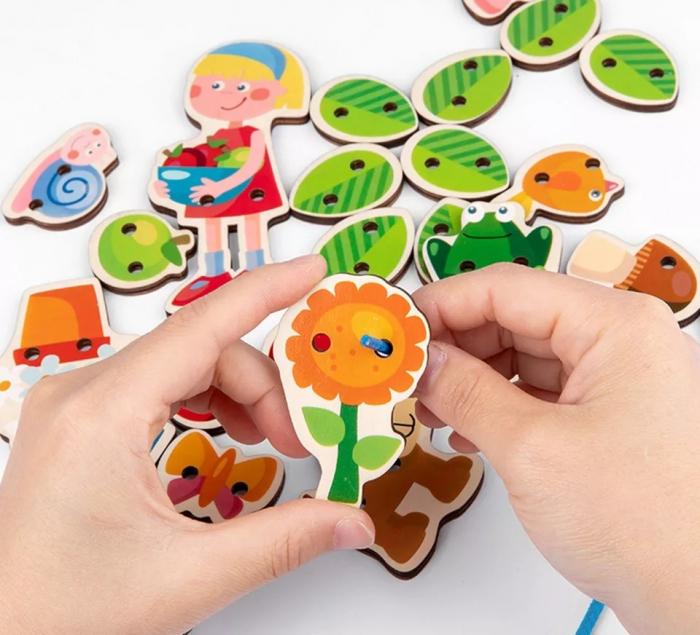 Joc Montessori de snuruit si insirat Casuta cu Copac, 26 piese [3]