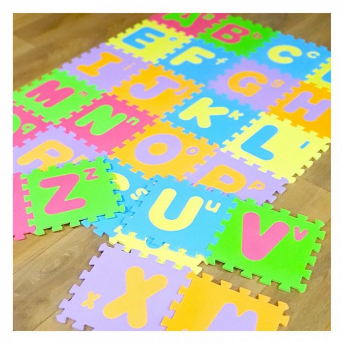 Covoras de joaca puzzle termic si educativ Alfabet, 26 piese, 30x30 cm, multicolor [1]