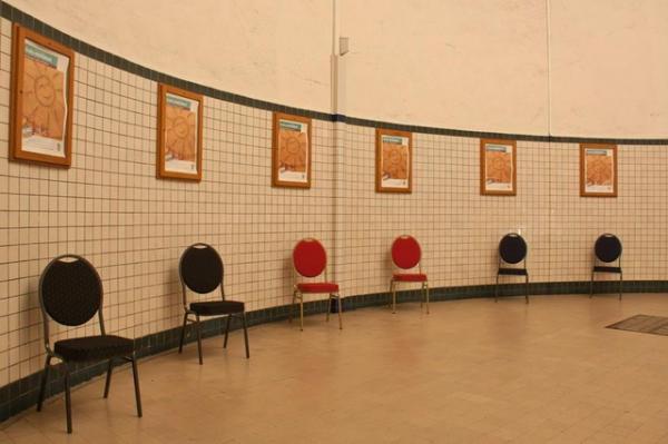 BUDGET scaune pentru evenimente si conferinta suprapozabile 10