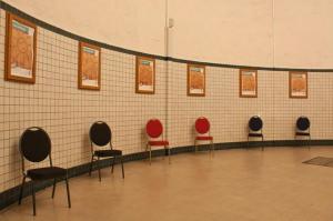 BUDGET scaune pentru evenimente si conferinta suprapozabile10