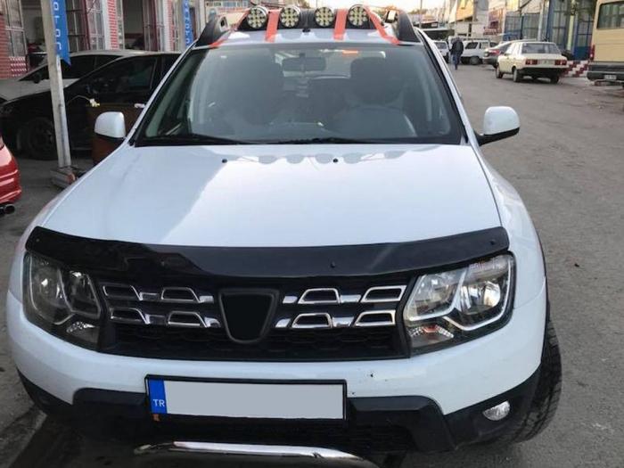 Deflector capota Dacia Duster 2010 - 2017 0