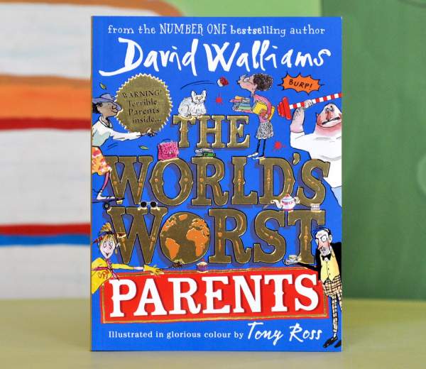 THE WORLD'S WORST PARENTS - David Walliams 0