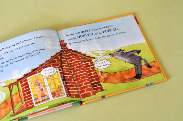 THE THREE LITTLE PIGS (LADYBIRD FIRST FAVOURITE TALES) - Nicola Baxter [2]