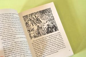 THE ADVENTURES OF ROBIN HOOD - Roger Lancelyn Green1