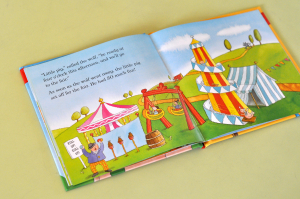 THE THREE LITTLE PIGS (LADYBIRD FIRST FAVOURITE TALES) - Nicola Baxter [3]