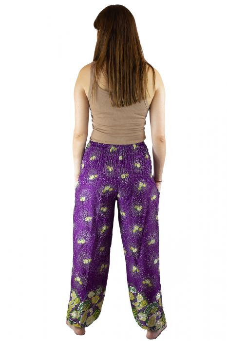 Pantaloni lejeri mov cu flori galbene si doua buzunare [4]