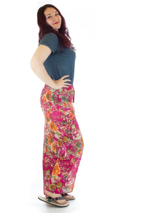 Pantaloni lejeri colorati - Model 1 1