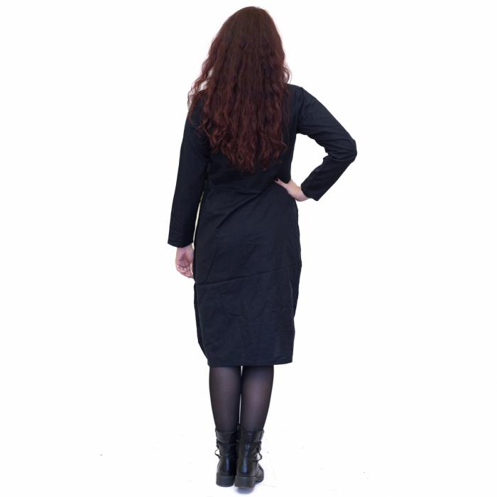 Rochie neagra cu patrat verde 2