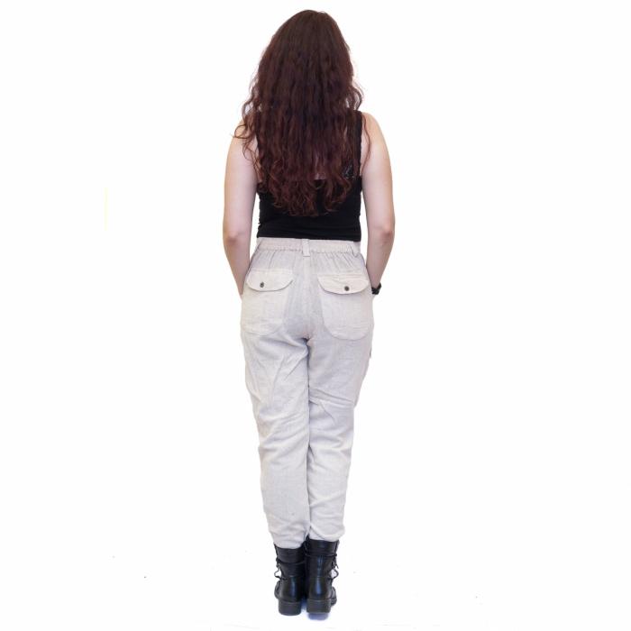 Pantaloni albi 2