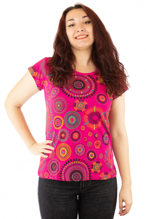 Tricou roz print all over cu broderie manuala 0