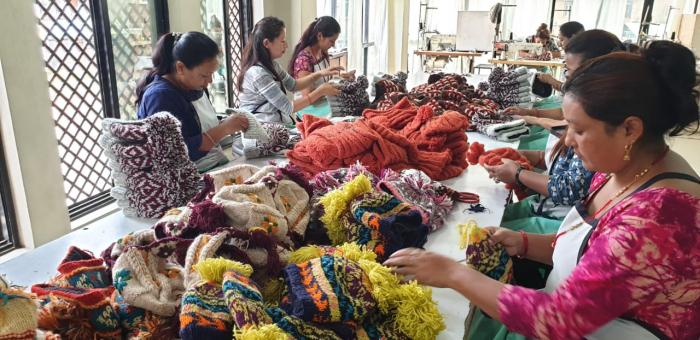 Caciula din lana copii Flowers - Bej 5