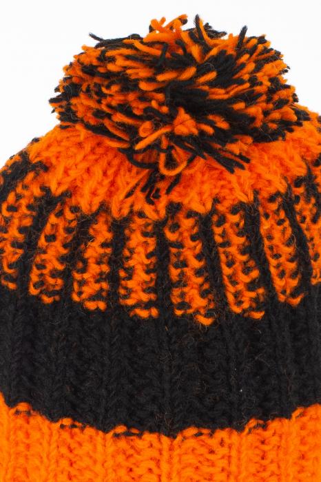 Caciula din lana - Orange and Black 7