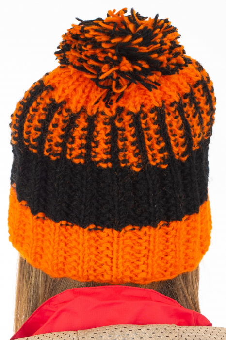 Caciula din lana - Orange and Black 6