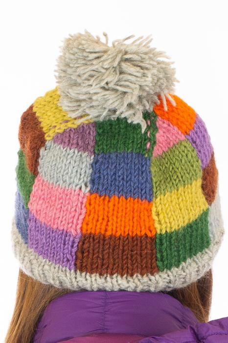Caciula din lana - Rainbow patches 6