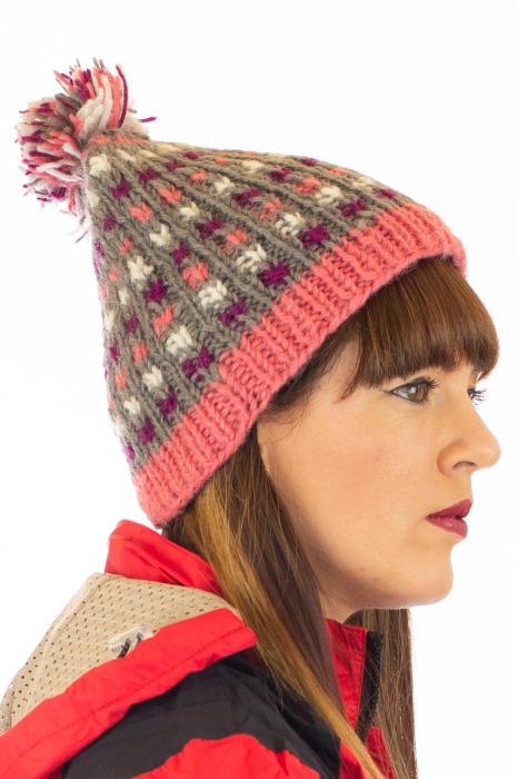 Caciula din lana - Pink bits 2