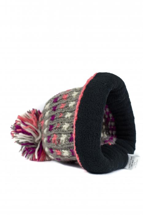 Caciula din lana - Pink bits 5