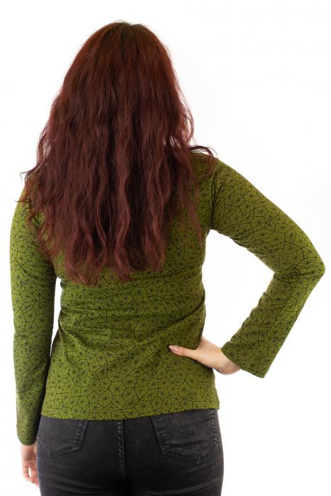 Bluza maneca lunga verde cu mandale 2