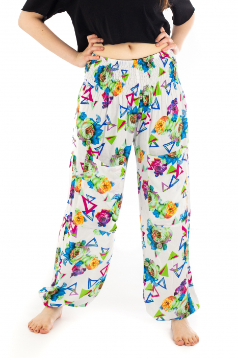 Pantaloni cu banda elastica si motive geometrice [0]