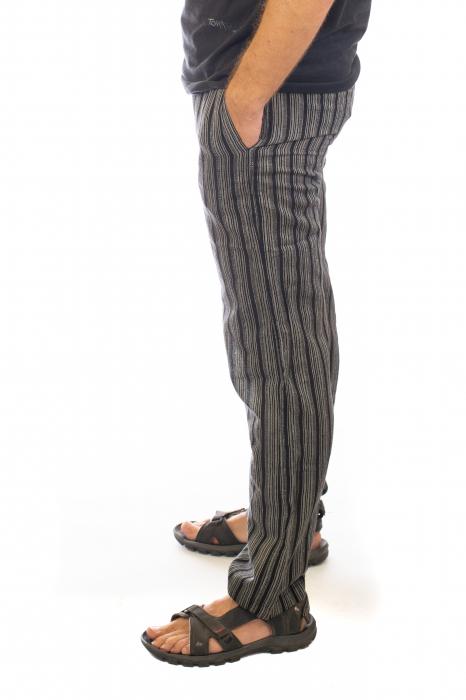 Pantaloni cu dungi - Model 9 1