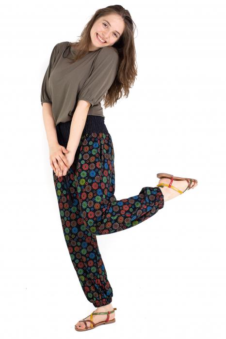 Pantaloni cu print - Flower Frenzy [4]